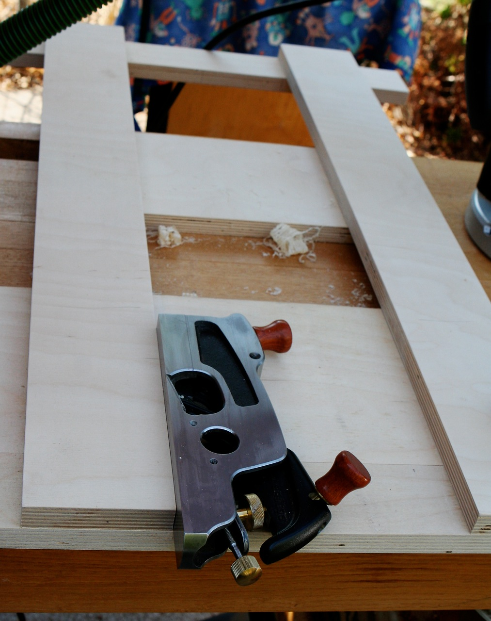 Fine tuning a dado/sliding dovetail jig (used with router)