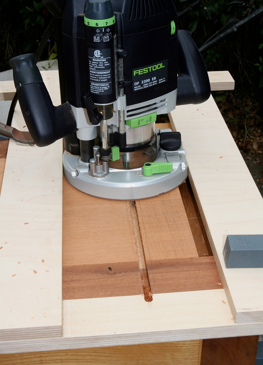 Routing dovetail slot in case side